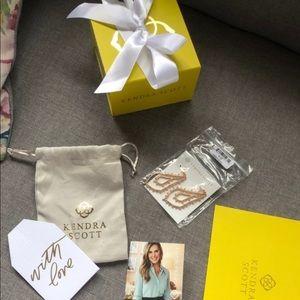 Kendra Scott Alice earrings in rose gold